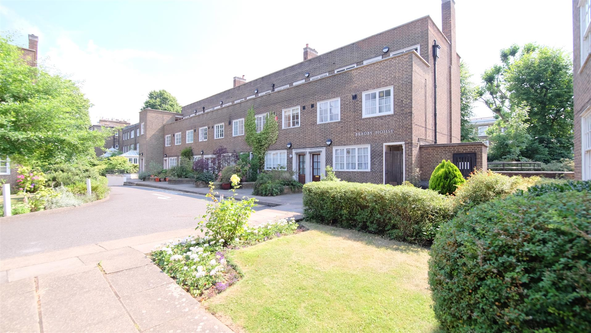 Property for sale in Carlton Hill, St Johns Wood, NW8 9XE